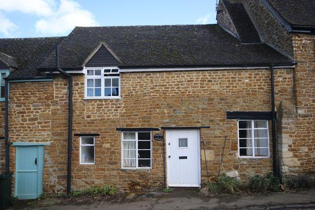 Thumbnail Cottage for sale in Chapel Street, Hook Norton, Banbury