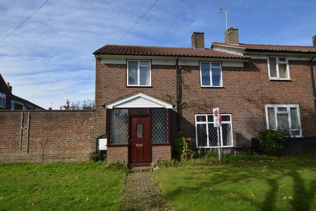 3 bed property to rent in Merland Rise, Tadworth