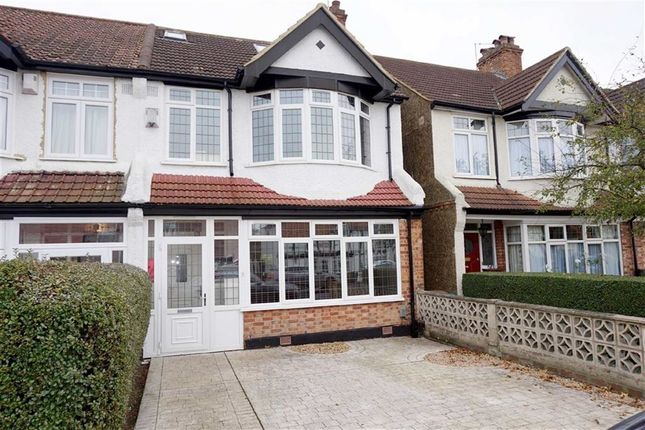 4 bed end terrace house for sale in Southlands Road, Bromley