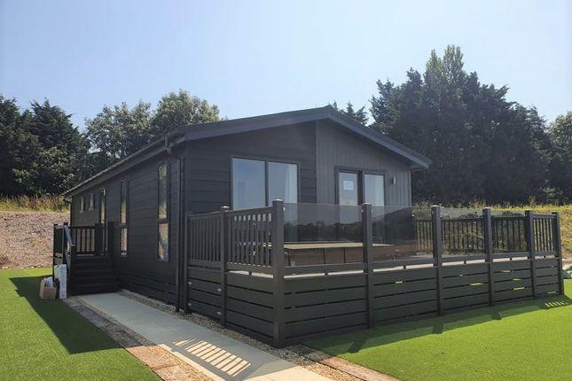 2 bed mobile/park home for sale in Edingworth Road, Edingworth, Weston-Super-Mare BS24