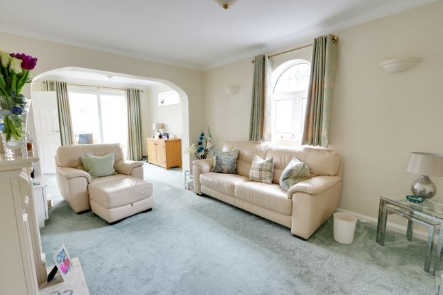 Thumbnail Detached bungalow for sale in The Ryde, Leigh-On-Sea