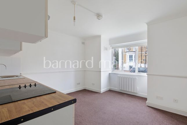Thumbnail Studio to rent in Prince Road, London