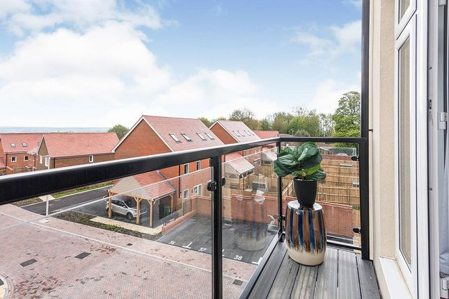 Thumbnail Flat for sale in Warmington Mews, Pine Grove, Crowborough, East Sussex