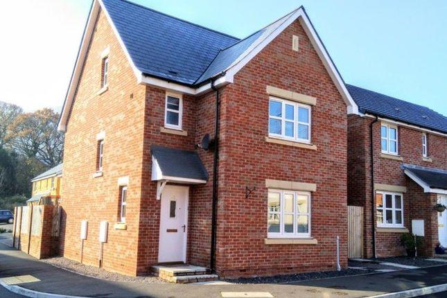Thumbnail Detached house for sale in Ffordd Sain Ffwyst, Llanfoist, Abergavenny
