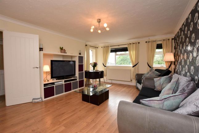 Thumbnail Flat for sale in Conies Road, Halstead