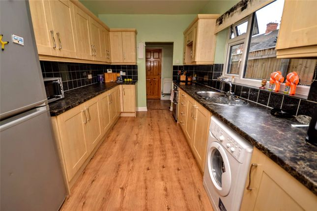 Thumbnail 4 bed terraced house for sale in Park Street, Cleethorpes