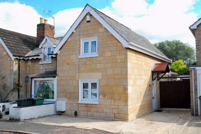 Thumbnail Terraced house for sale in The Avenue, Longlevens, Gloucester