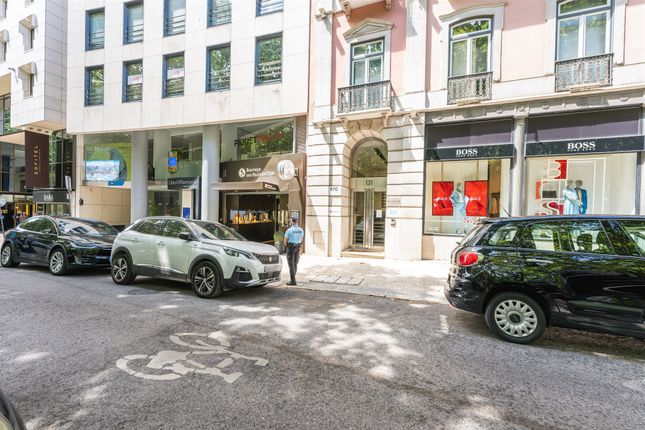 Thumbnail Office for sale in Av. Da Liberdade 129A, 1250-146 Lisboa, Portugal