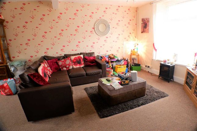 Lounge of Park Street, Clydach Vale, Tonypandy CF40