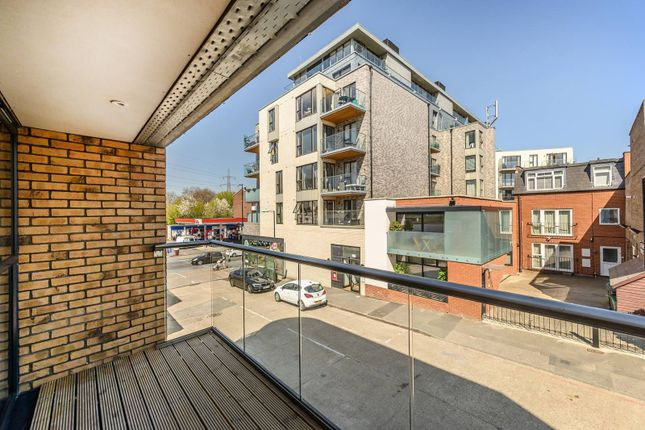 1 bed flat for sale in Valley Gardens, Colliers Wood, London SW19