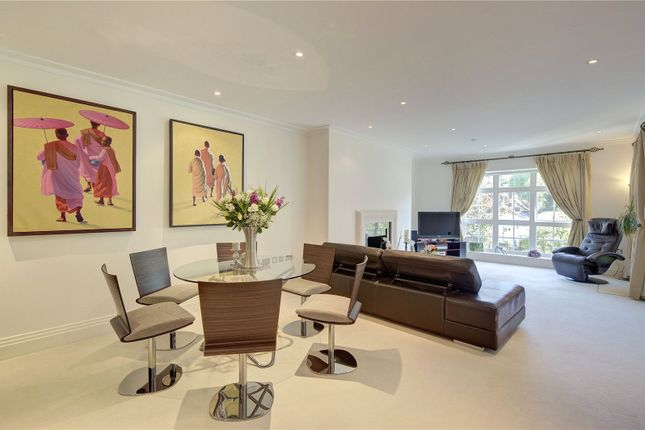 Thumbnail Flat to rent in Mountview Close, Hampstead Way, London