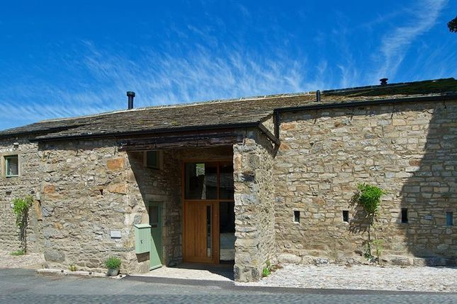 Thumbnail Barn conversion for sale in Kettlewell, Skipton