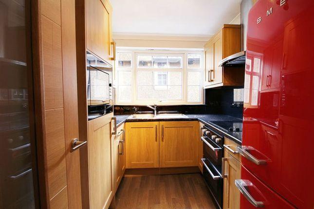 Photo 5 of Queen Annes Place, Enfield EN1