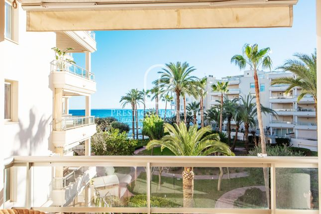 Apartment for sale in Playa D'en Bossa, Ibiza, Spain