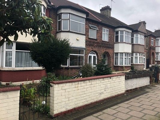Thumbnail Property to rent in Dorrit Mews, London