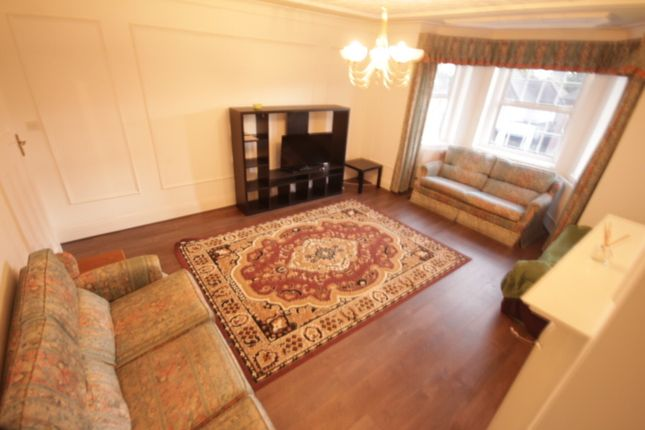 Thumbnail Flat to rent in Clarendon Court, Sidmouth Road, London