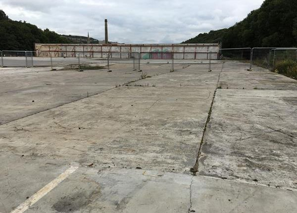 Thumbnail Land to let in Yard/Compound Elizabeth Industrial Estate, Shroggs Road, Halifax