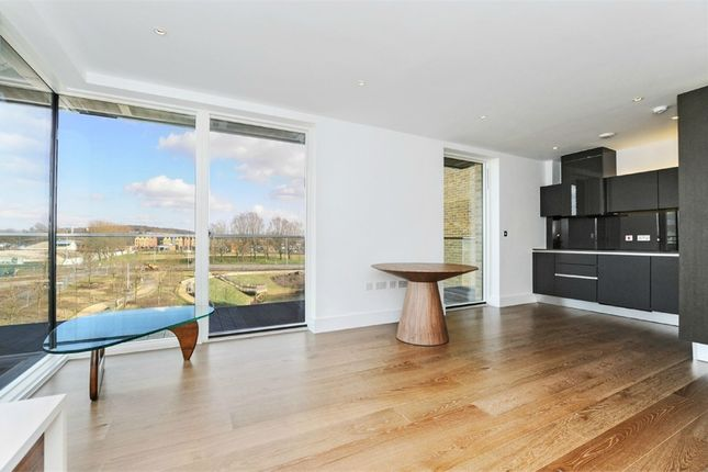 Thumbnail Flat to rent in Tizzard Grove, London