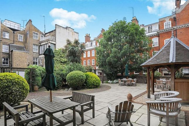 2 bed flat for sale in Martlett Court, Covent Garden, London