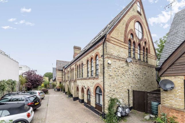Thumbnail Property for sale in Rush Common Mews, London