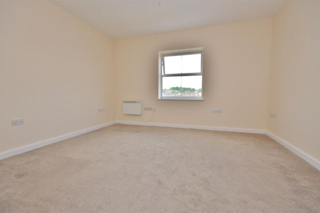 Bedroom 1 of Holly Street, Luton LU1