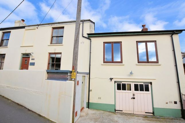 Thumbnail Property for sale in Back Road, Calstock
