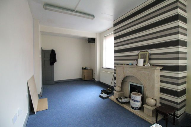 Thumbnail End terrace house to rent in Lees Road, Oldham