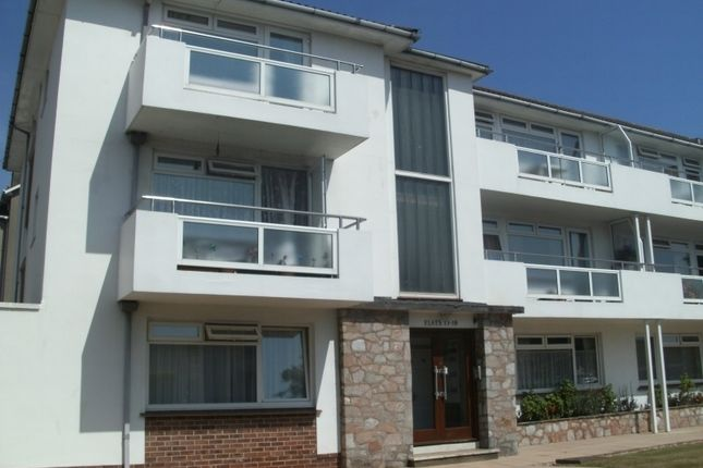 2 bedroom flat to rent in Avenue Road, Torquay