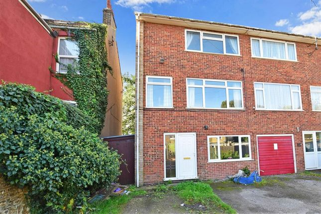 Thumbnail Town house for sale in Victoria Terrace, Sittingbourne, Kent