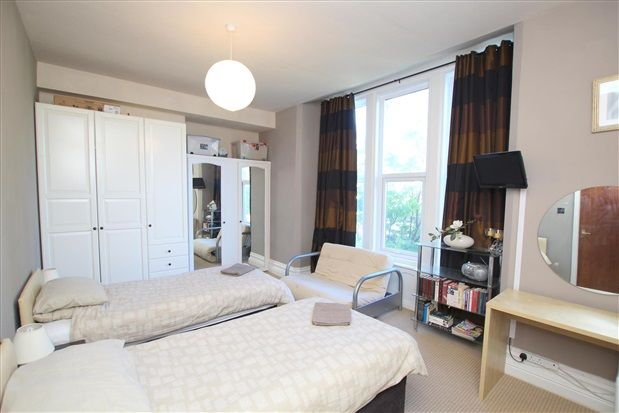 Bedroom of Clifton Drive South, St. Annes, Lytham St. Annes FY8