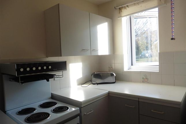 Thumbnail Flat for sale in Fort Pitt Street, Chatham, Chatham, Kent
