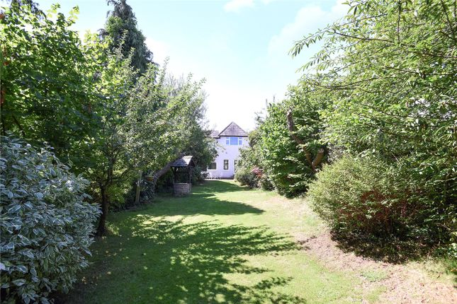 Picture No. 37 of Hallowell Road, Northwood, Middlesex HA6