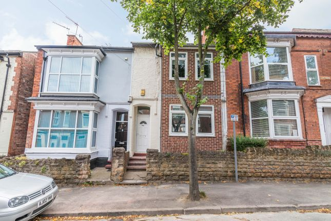 Thumbnail Semi-detached house to rent in Derby Grove, Nottingham
