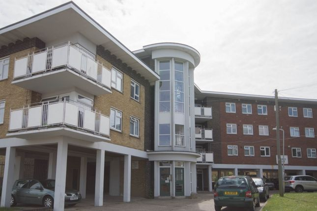2 bed flat for sale in Freemans Way, Deal