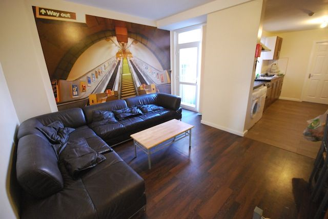 Thumbnail Terraced house to rent in Great Western Street, Rusholme, Manchester