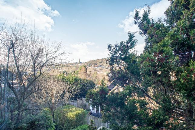 Views of Sylvan Way, Redhill RH1