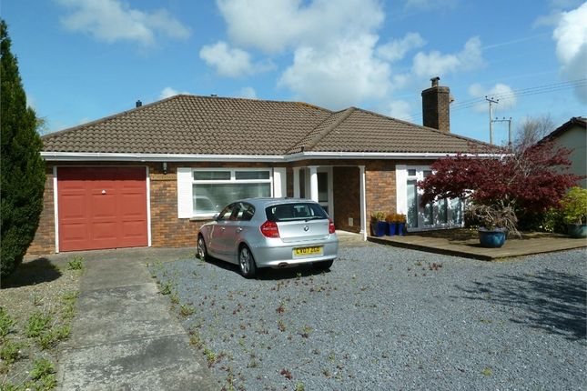 3 bed detached bungalow for sale in Lon Helyg, Llechryd, Cardigan, Ceredigion