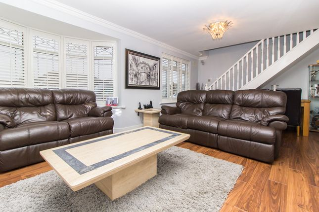 Thumbnail Semi-detached house for sale in Cornhill Avenue, Hockley