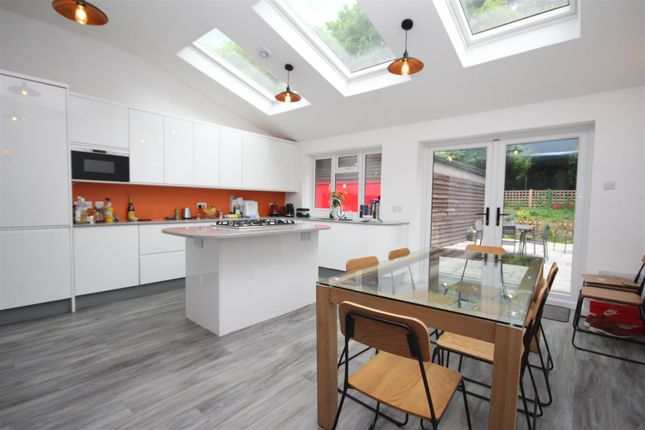 Thumbnail Property to rent in Beech Grove, Guildford