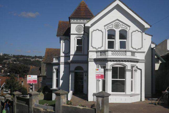Thumbnail Flat for sale in Elphinstone Road, Hastings