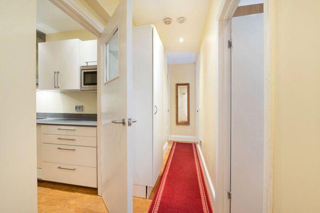 Hallway of Robsart Mansions, Kenton Street, London WC1N