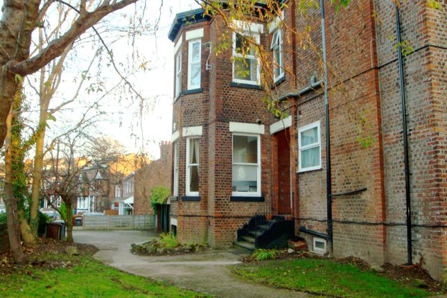 Thumbnail Flat to rent in Glendale Road, Eccles, Manchester