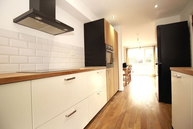 Thumbnail Terraced house to rent in Gibsons Hill, London