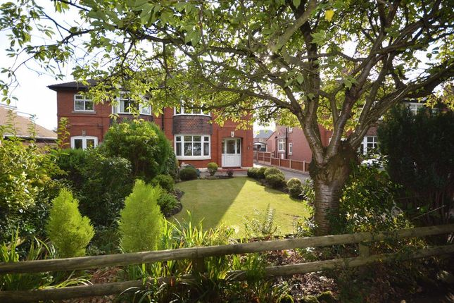 3 bed semi-detached house to rent in Abbey Road, Sandbach CW11