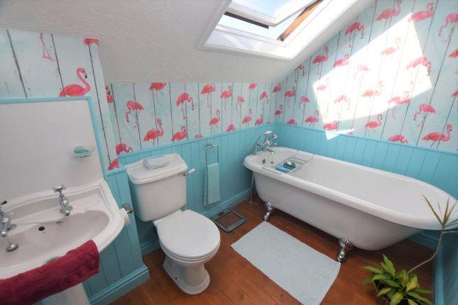 Bathroom of Ayreville Court, Totnes Road, Paignton, Devon TQ4