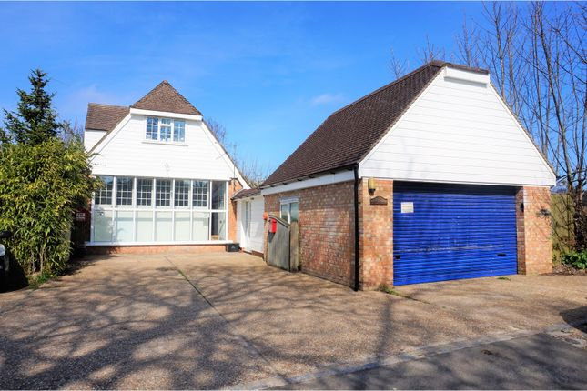 Thumbnail Detached house for sale in Ham Lane, Etchingham