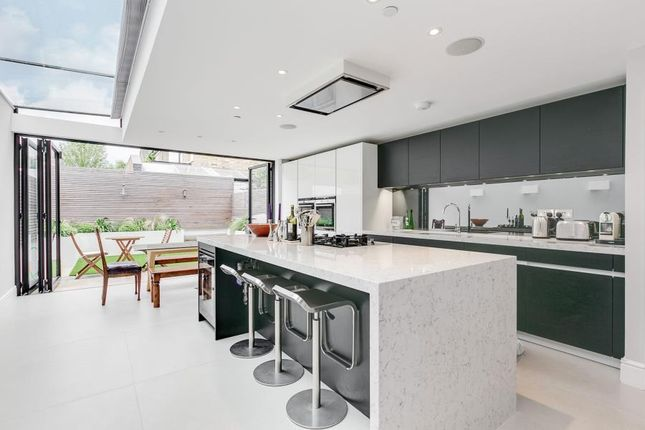 Thumbnail Property to rent in St. Dionis Road, London