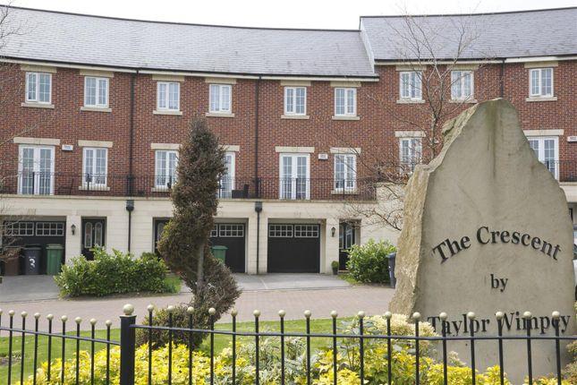 Thumbnail Town house to rent in Salamanca Crescent, Middleton, Leeds