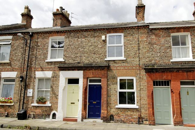 Thumbnail Terraced house for sale in Falkland Street, York, North Yorkshire