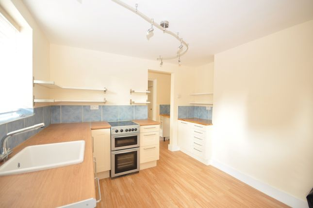 Flat to rent in High Street, Herne Bay